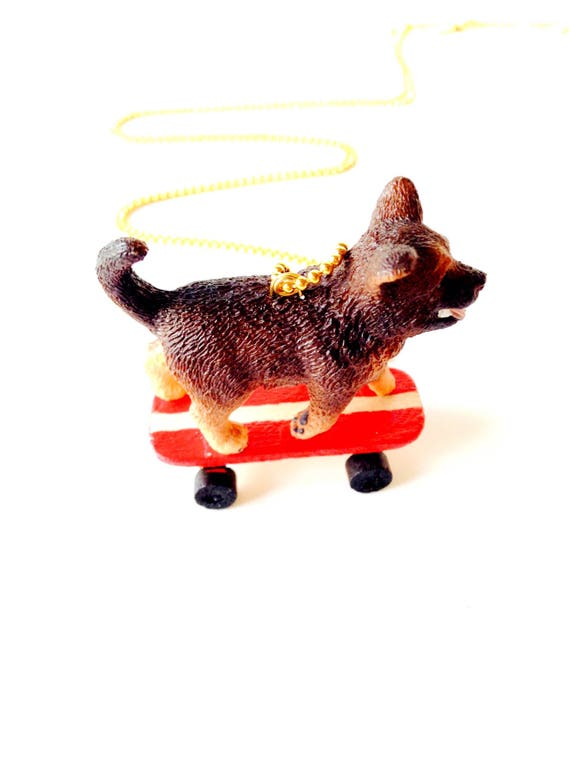 Necklace The Skate Doggy Dog On Skateboard Gold Coloured Chain By The Sausage