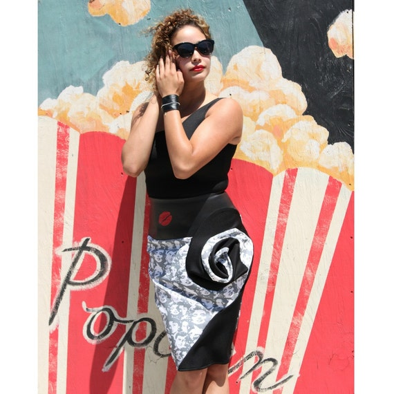 6874cd34a3 MADE TO ORDER Marilyn Monroe Retro Faces Swirl Pencil Skirt