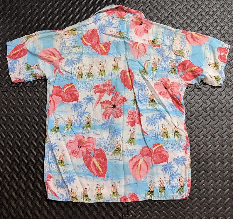 6163da66 Vintage Aloha Hawaiian Shirt. 1940's to 1950's Silky   Etsy