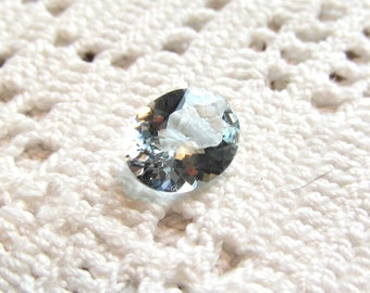 Aquamarine Loose Gemstone Oval 1.93 Carats Unheated