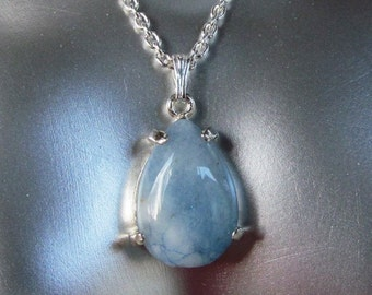 18x12mm Pear Shaped Blue Agate Chalcedony Quartz Cabochon in Sterling Silver Necklace
