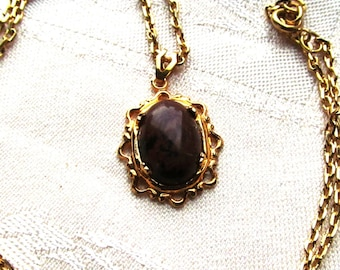14x10mm Red and Brown Jasper Cabochon in Gold Plated Filigree Pendant with Chain