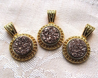 Champagne Druzy Quartz 10mm Round Cabochon in Gold Plated Pendant with Chain