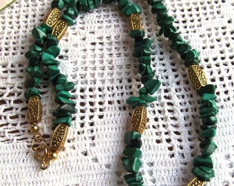 19 inch Natural Green Malachite Chip Bead Necklace with Gold Plated Findings