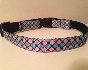 5/8 inch Pink and Blue Spring Colors Quatrefoil Trellis Medium Dog Collar
