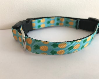 5/8 inch Blue with Yellow and Green Pineapples Dog Collar