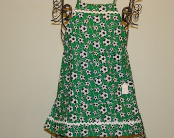 Childs Apron 3/4 Soccer pattern (#349 ) Free shipping