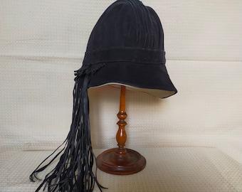 Vtg French Hat ~ Cloche ~ Black Suede ~ Flapper ~ Chic elegance ~ Stylish Art Deco ~ Widow ~ 20th Century Mode Fashion~ La Derniere Creation