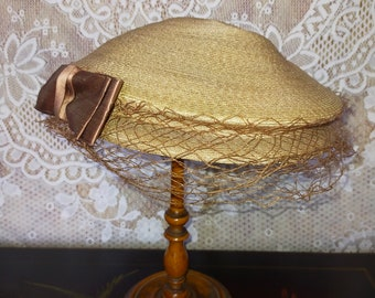 Vtg Parisian French Hat ~ Fine Straw ~ Brown Silk Bow & Net ~ Chic elegance ~ Stylish 1950s ~ 20th Century Mode Fashion
