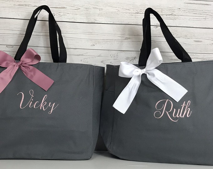 11 Personalized Bridesmaid Tote Bag Gifts- Bridesmaid Gift- Personalized Bridemaid Tote - Wedding Party Gift - Name Tote-