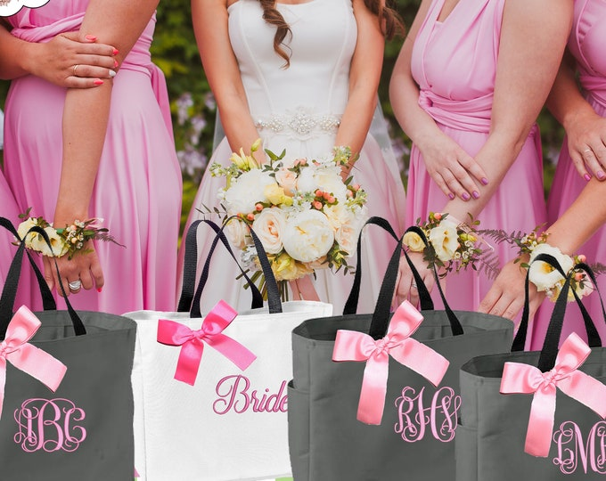 Set of 2 Bridesmaid Gift, Monogrammed Tote Bags, Personalized Bridesmaids Bags, Wedding Tote Bag, Maid Of Honor Gift, Mother Gift (ESS1)