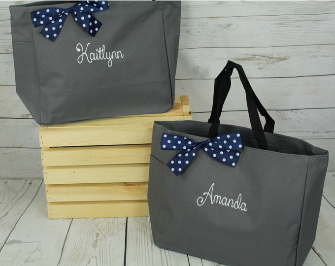 Set of 3, Bridesmaid Tote Bags, Maid of Honor Tote, Personalized Bridesmaid Bags, Bridal Party, bridesmaid gifts on a budget (ESS1)