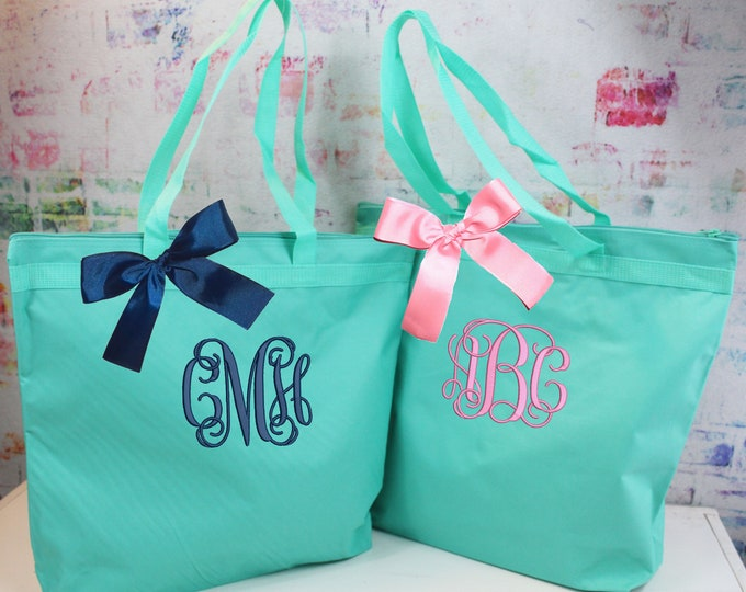 Personalized Mint Zippered Tote Bag, Monogrammed Tote, Personalized Tote Bag, Bridesmaid Gift