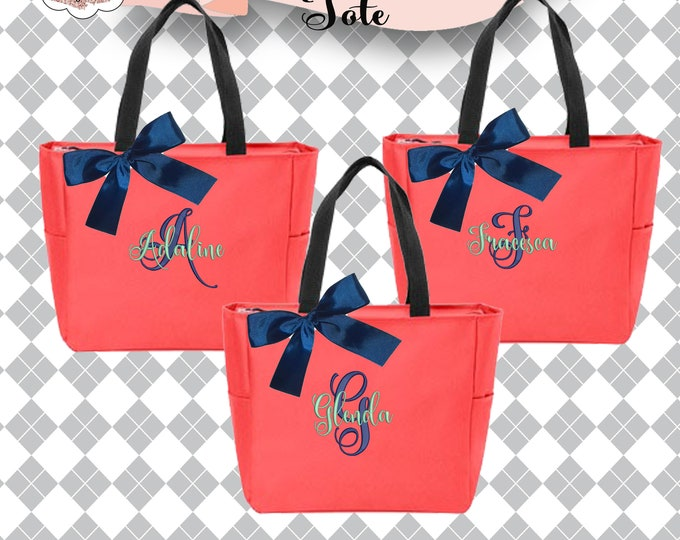 Set of 2 Bridesmaid Tote, Personalized Bags, Wedding Gift, Coral Zippered Tote, Bridesmaid Bag, Maid of Honor Gift, Bridal Party Gift