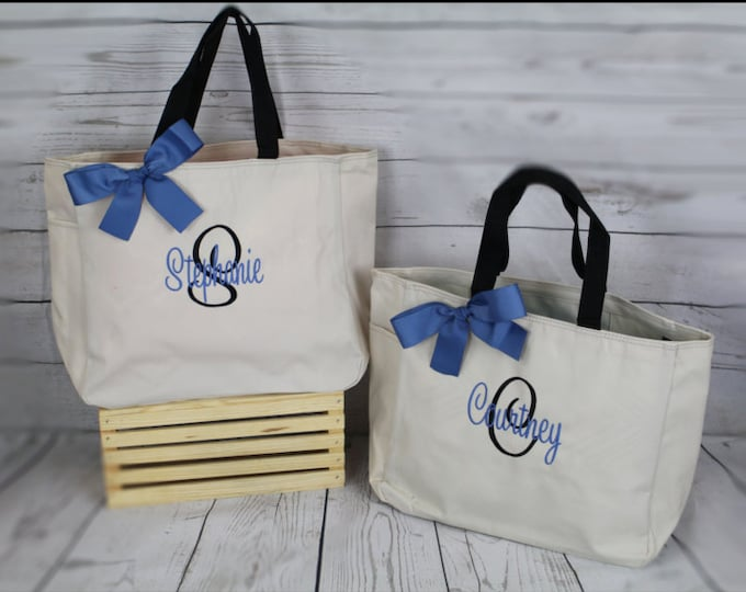 Personalized Tote Bag- Bridesmaid Gift- Personalized Bridesmaid Tote - Wedding Party Gift - Name Tote-