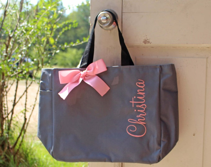 10 Embroidered Tote Bags, Name Totes, Monogrammed Tote, Bridesmaids Tote, Personalized Bag, Bridesmaid Gifts, Wedding Party Gifts