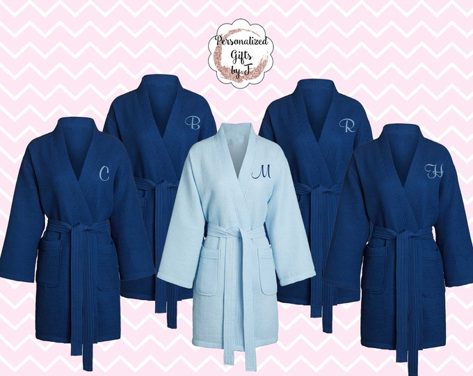Personalized Bridesmaid Robe ,Monogrammed Waffle Robe, Personalized Bridesmaid Gift, Wedding Day Robe, Getting Ready Robe, Thigh Length