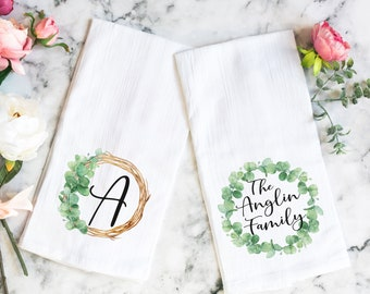 SET OF 2 personalized Tea towels, Hostess Gift, Housewarming Gift, Couples Gifts, Kitchen Towel