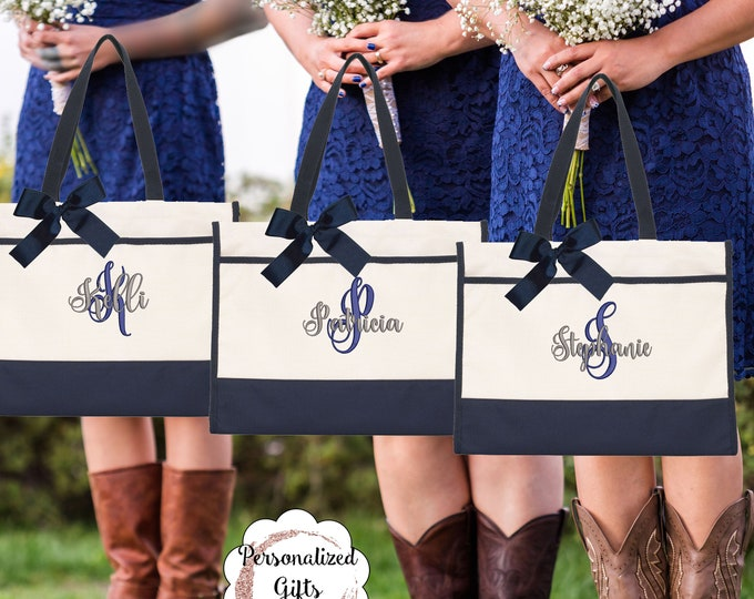 Set of 7 Embroidered Tote, Monogrammed Tote Bag - Bridesmaid Gift- Personalized Bridal Party Tote - Wedding Party (CT1)