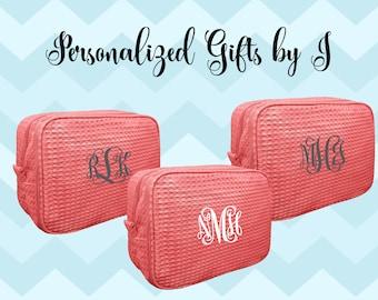 8 Bridesmaid Makeup Bag, Bridesmaid Waffle Cosmetic Bags, Bridal Party Gift, Bridesmaids Bag, Personalized Bridesmaid Gifts, Monogrammed