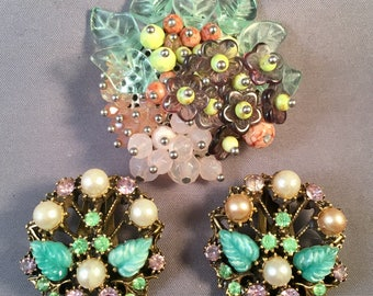 Costume Jewellery Ladies Brooch Vintage Look Beautiful Design And Colours Fab Decorative Item To Assure Years Of Trouble-Free Service