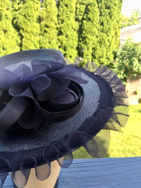 1940's Navy Straw Wide Brim CARTWHEEL Hat w Ruffl… - image 6