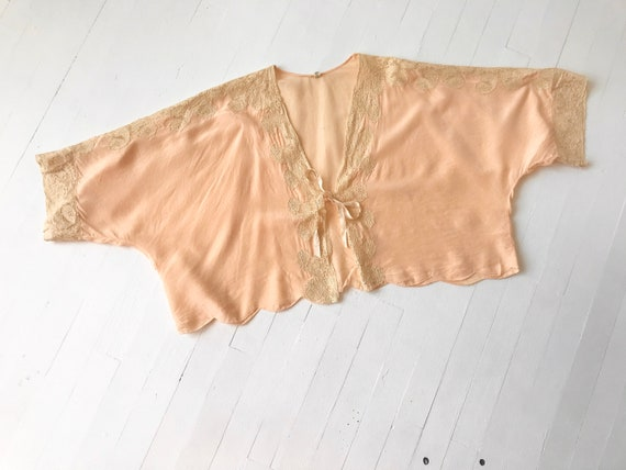 1930's Peach Silk + Lace Bed Jacket
