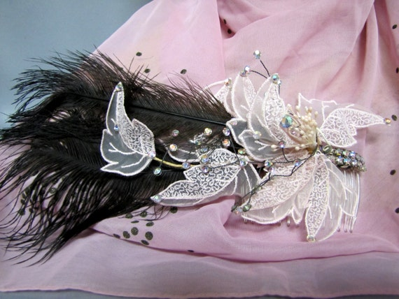1920's Style Pink FLAPPER Fascinator Hair Comb, wi