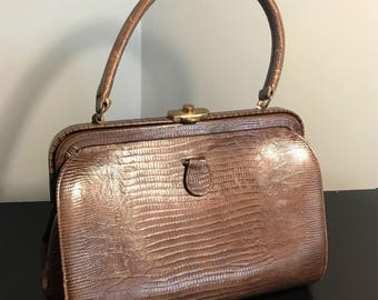 Vintage 60's LEATHER DOCTORS Handbag, LIZARD Embossed / Textured 1960's Leather Ladies Purse