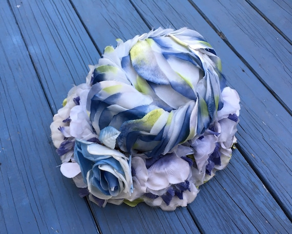 Vintage 1960's Blue Floral Hat / 60s Flower Toque