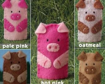 Little Piggy Finger Puppet - Felt Pig Puppet - Felt Finger Puppet Pig - Farm Animal Puppet - Pig Finger Puppet