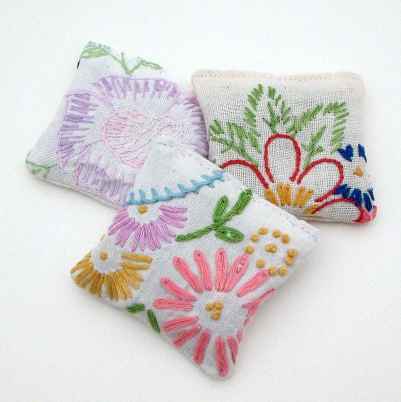 3 Dried Lavender Sachets  Embroidered Sachets  Stocking image 0
