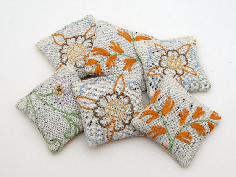 6 Dried Lavender Sachets  Flowers  Rustic  Embroidered image 0