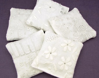 5 Dried Lavender Sachets - WHITE Embroidered Sachets - Stocking Stuffers - Vintage Linens - Embroidery - Party Favors