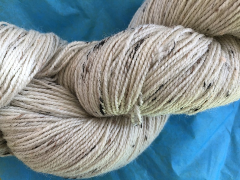 Fingering Wt Donegal Sock Yarn BFL Undyed Sock Yarn SOCK BFL Donegal Undyed Yarn Nep Yarn Base Ecru Donegal Blue Faced Leicester Yarn