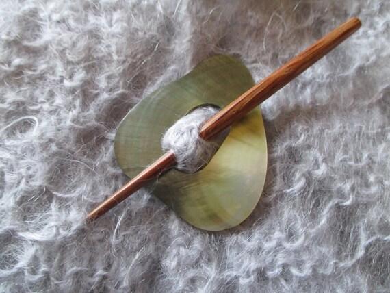 Amazing Shawl Pin Abalone Shell Triangle Shell Sweater Closure