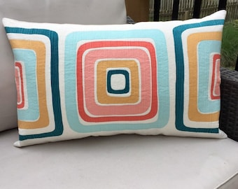 Midmod quilted pillow