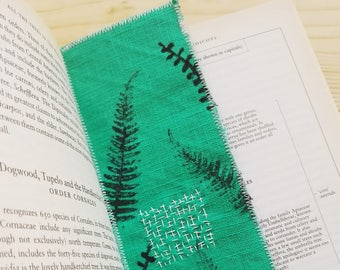 Handmade botanical green linen bookmark - green bookmark - hand printed and embroidered bookmark
