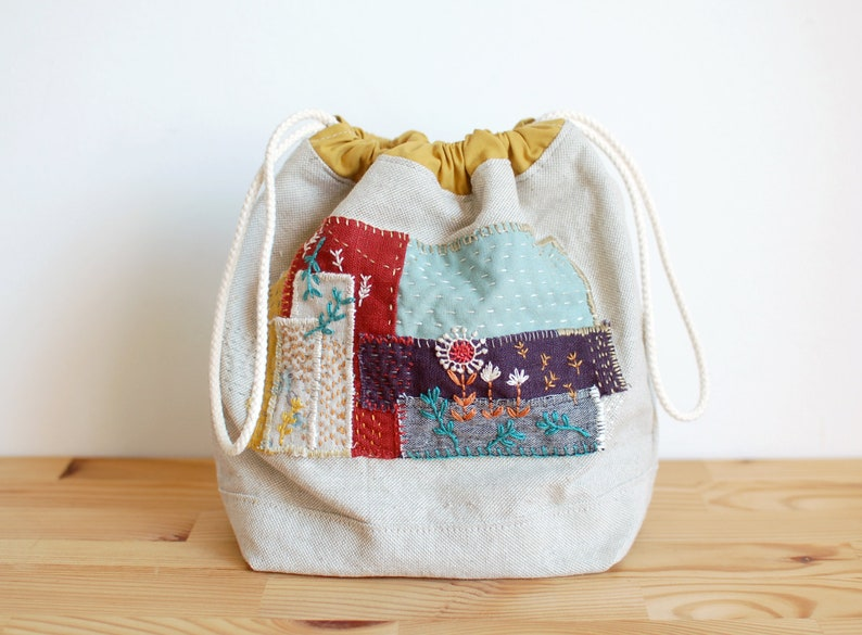 Small drawstring project bag  patchwork drawstring pouch  image 0