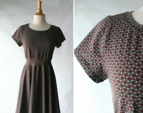 size MEDIUM Brown Retro Floral print dress, Women's Party Dress, stretch Cotton knit dress, short sleeve, fit and flare dress, ready to ship