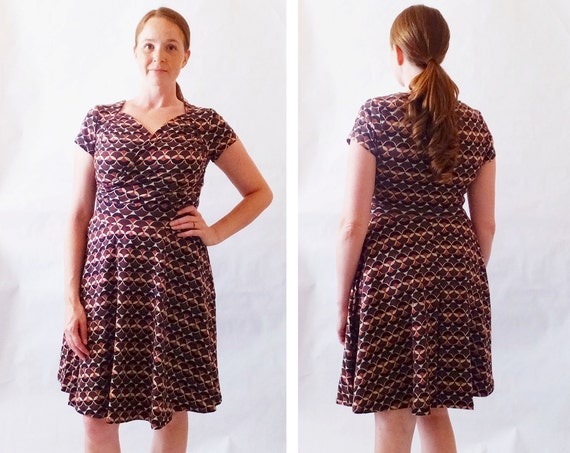 Size SMALL Womens Dress Brown print dress short sleeve Sweetheart Crossover stretch Cotton Fit and flare nursing dress Ready to Ship