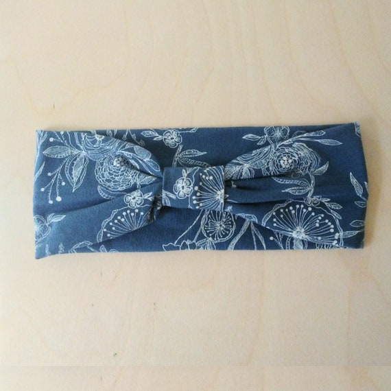 Blue Floral Print Headband, Yoga Headband, Flower Print headband, Adult Size headband, Cotton knit hair accessory, Flower print gift for her