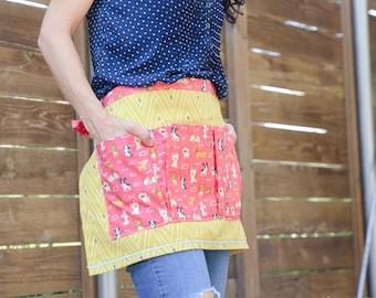 Gold, Collar Tips with dark pink puppy pockets - Vendor, Craft, or Gardener Half Apron