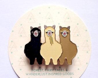 Alpaca Llama Enamel Pin Brooch for Alpaca Lovers with Gold Plating