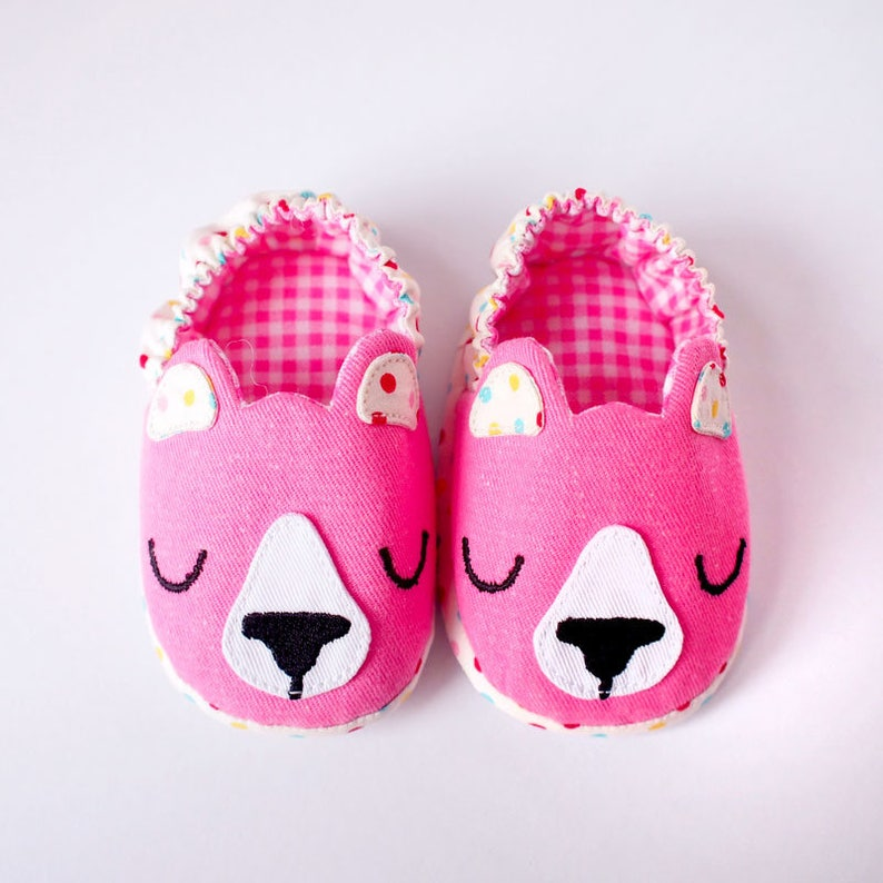 24869a7b5a042 Pink Bear Infant Shoes Cosplay Outfit Costume, Cute Animal Newborn Baby  Padded Soles Booties Kitsch Novelty New Mother Parent Shower Gifts