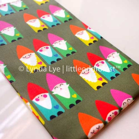 Flying Insects Fabric Print Pink Printed Textile Childrens Nature Theme Pattern Honey Bees Cotton FAT QUARTER Cute Quilting Weight Cloth