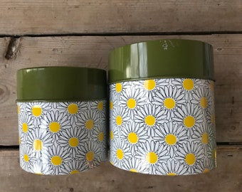 Vintage 1970s metal daisy canister set of two | made in japan
