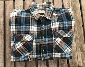 Northwest Territory Men's Heavy Cotton Plaid button down shirt
