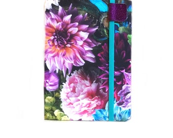 Kindle Paperwhite case Moody Floral, fits new 10th gen paperwhite, hardcover ereader cover, flowers and peacock feathers dahlias garden