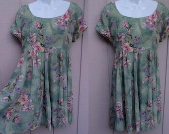 Vintage 90s Starina Green floral crinkle Rayon Empire Waist Mini Dress / Long Smock Tunic // Sz Lge